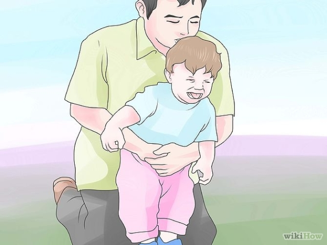 670px-perform-the-heimlich-maneuver-on-a-toddler-step-4.jpg